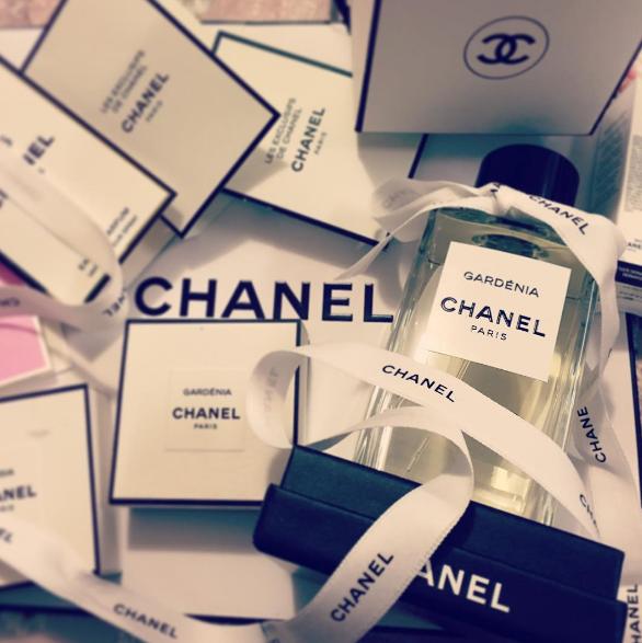 【心理テスト】いい匂い~♡知っててトクする正しい香水の使い方♪香りの魔法の法則♡