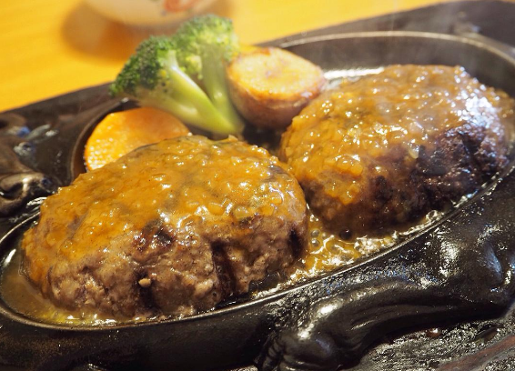 【静岡でしか食べれない…!?】ハンバーグが美味しすぎてヤバイ♡炭焼き『さわやか』