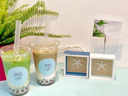 【大阪・南船場】ギリシャのミコノス島をイメージした清楚感溢れるお洒落なカフェ『cafe 202』
