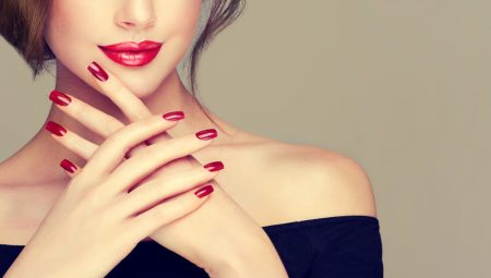 「若見えする手って最高♬」 手の甲が驚くほどスベスベになる方法